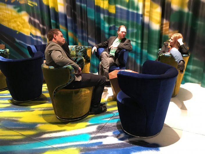 Bretz Köln Möbelmesse IMM 2018 Croissatn Drehsessel